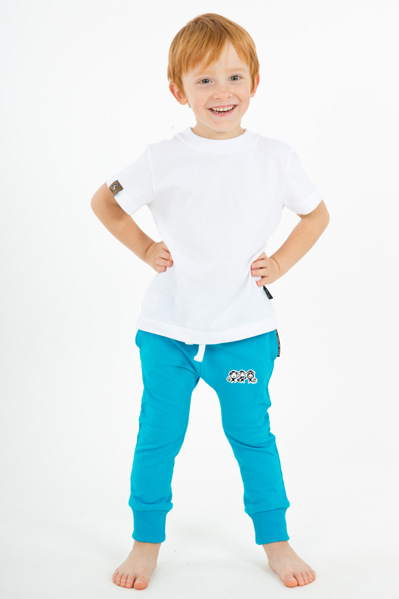 CHILDREN'S TRACKSUIT SLIM - Hi there! UAX is one team now and you are part of it! Share and use hashtag #uaxdesign