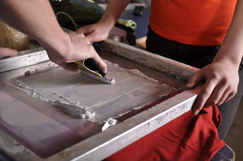 5. Paint must be evenly spread the material and then dried